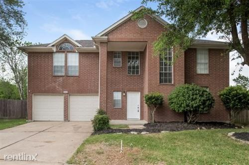 15511 Heritage Country Ct Photo 1