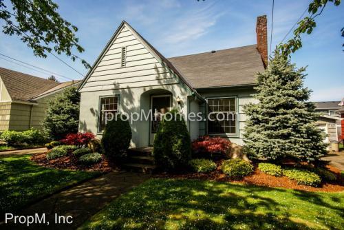 3515 NE Prescott Street Photo 1