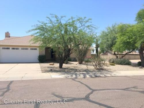 8143 W Windrose Dr Photo 1