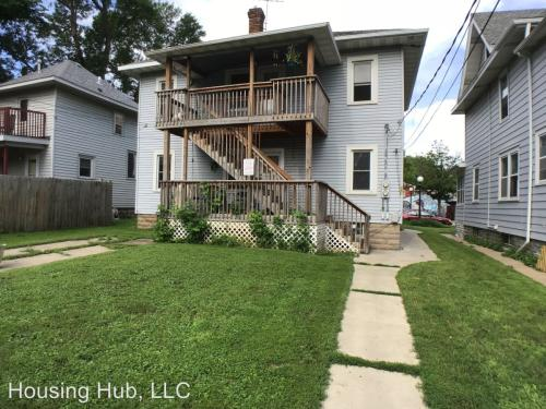 526 Smith Avenue S #1 Photo 1