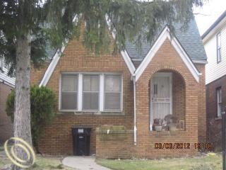 15015 Manor Photo 1