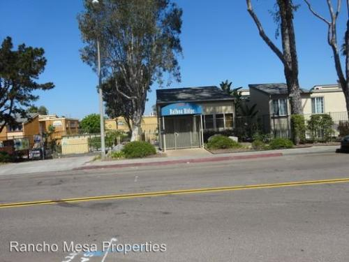 5252 Balboa Arms Dr Photo 1