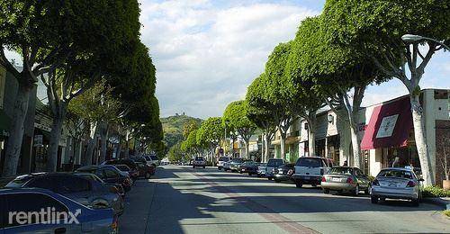 6217 Greenleaf Ave G Photo 1