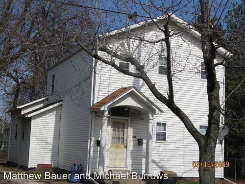328 W 3rd - 328-2 Upstairs Photo 1