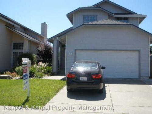 284 Aaron Cir Photo 1