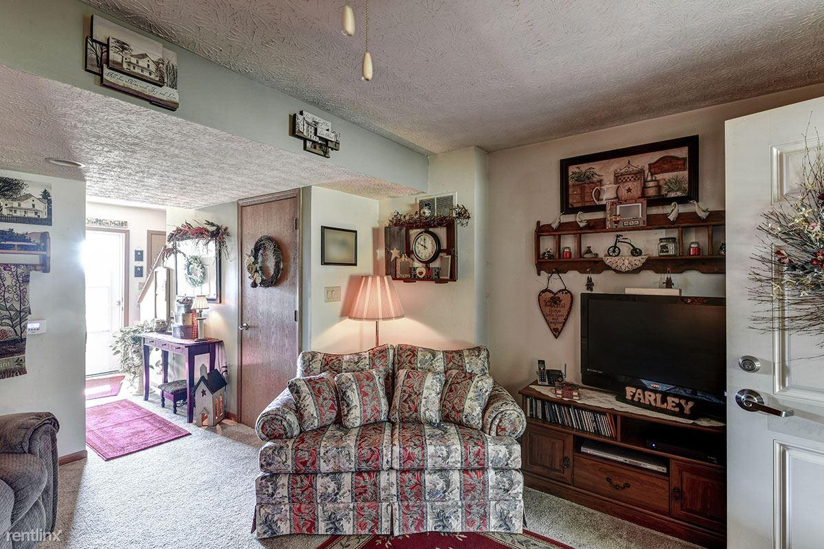 266 Colonial Dr Bidwell Oh 45614 Hotpads