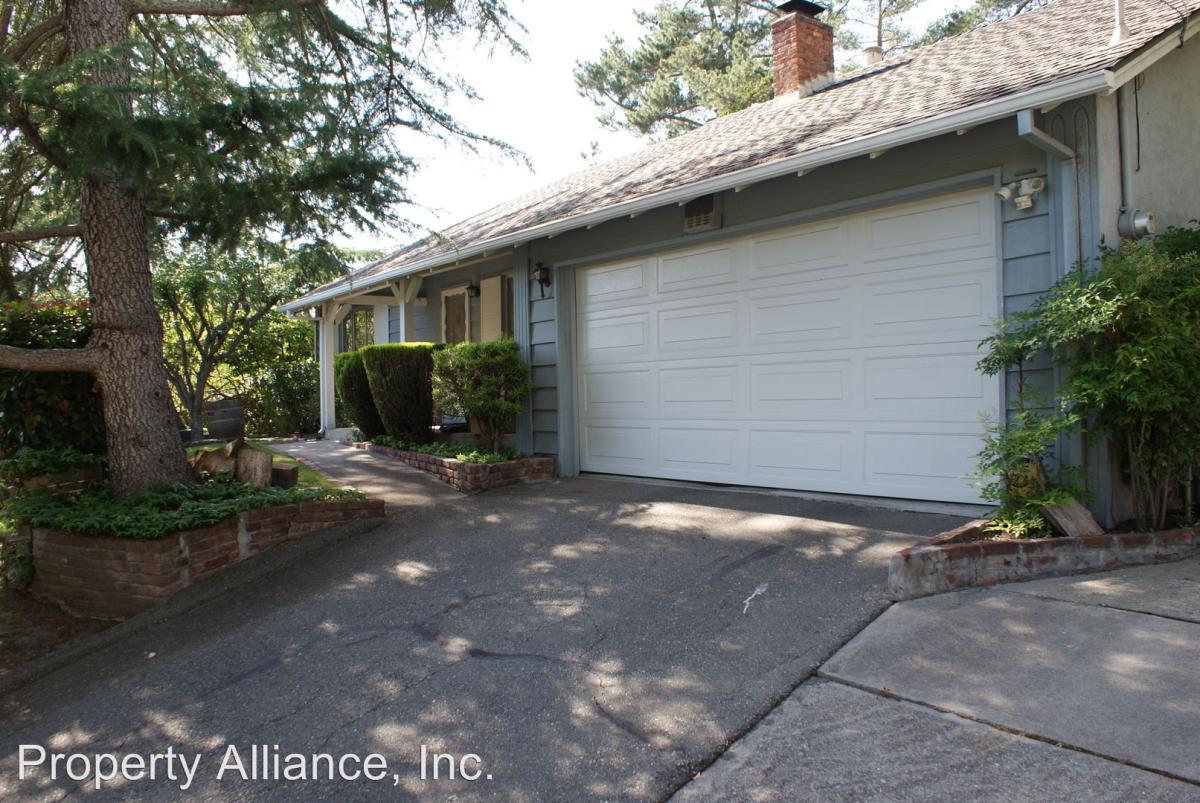 143 Draeger Drive, Moraga, CA 94556 | HotPads