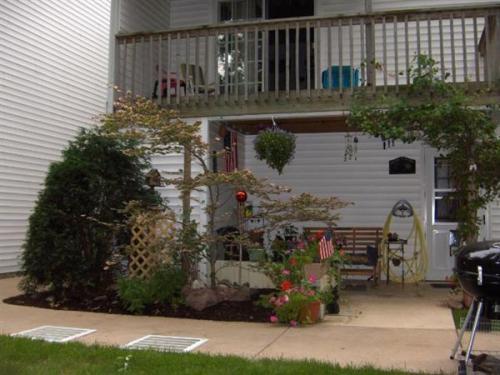 3614 Pine Oak Ave SW Photo 1