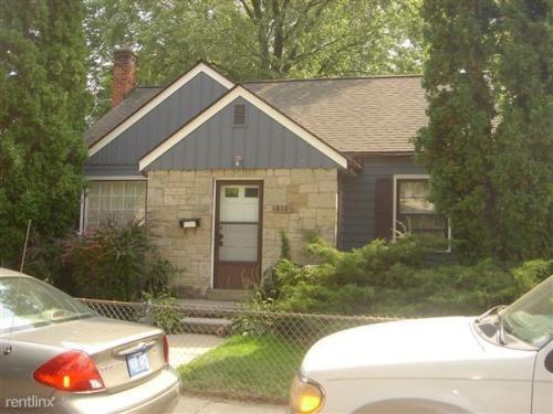 810 Sylvan Avenue Photo 1