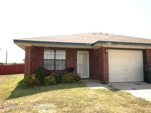 5206 Daybreak Drive Photo 1