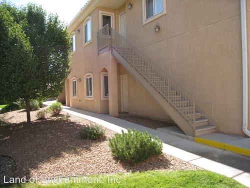 6800 Vista Del Norte Drive NE Photo 1