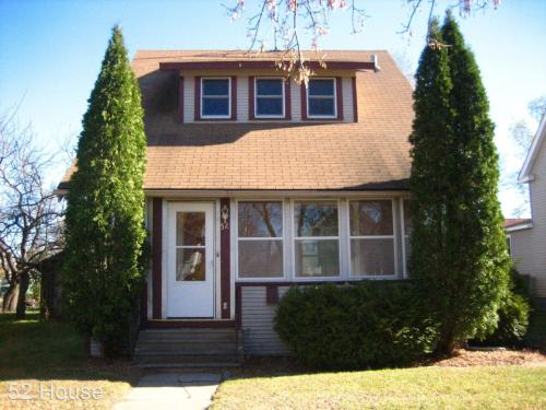 52 Mckinley Place N Photo 1