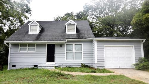 2827 Vicksburg Court Photo 1