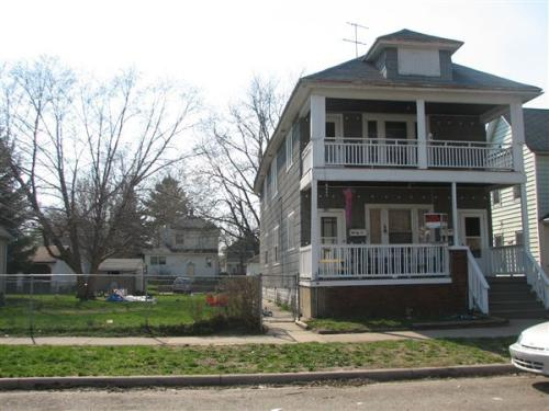 1551 Broadway Avenue NW 2 Photo 1
