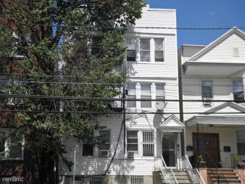 166 Seaview Avenue Photo 1