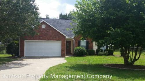 1037 Ridgefield Circle Photo 1