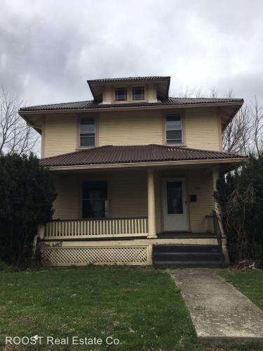 229 Oakwood Place Photo 1
