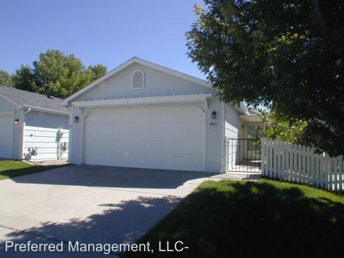 4611 Cottage Lane Photo 1