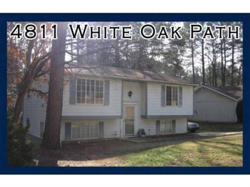 4811 White Oak Path Photo 1