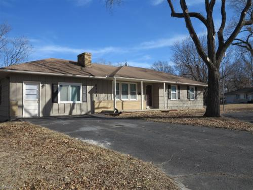 8421 Spring Valley Road Photo 1