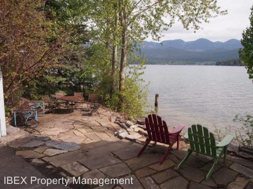 1100 Birch Point Drive Photo 1