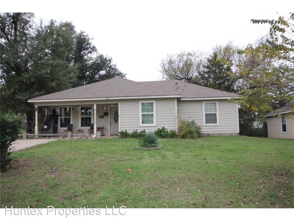 1210 Beauchamp, Greenville, TX 75401 | HotPads
