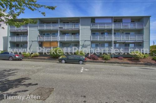 1010 Perry Avenue #303 Photo 1