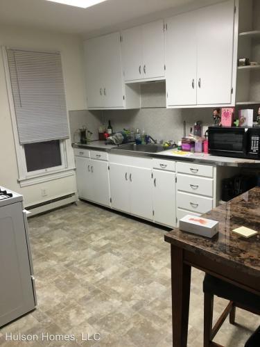 213 Locust Street - 213 Locust Street 2nd Floor Photo 1