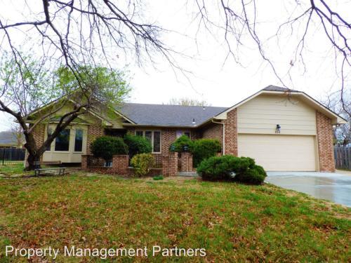 258 S Pine Grove Court Photo 1