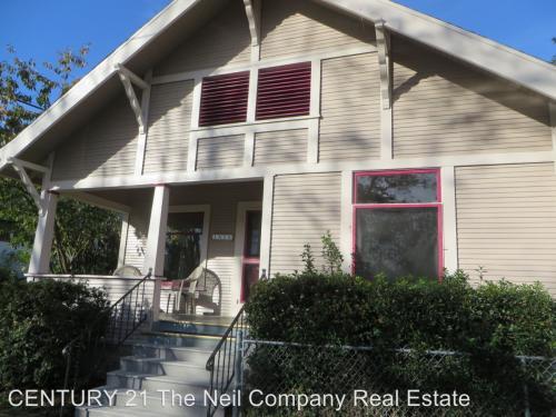 1616 NE Commercial Avenue Photo 1