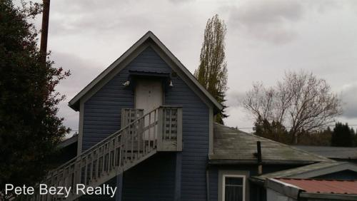 1208 B Windsor Photo 1