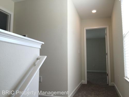9875 Pecan Hickory Way Photo 1