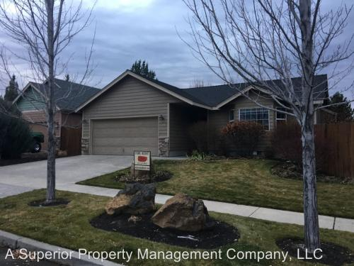 1299 NE Glacier Ridge Road Photo 1