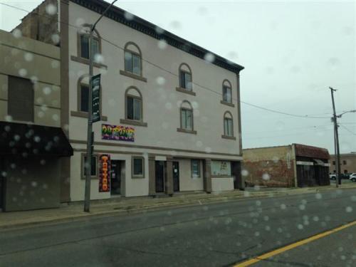 634 E Michigan Ave Photo 1