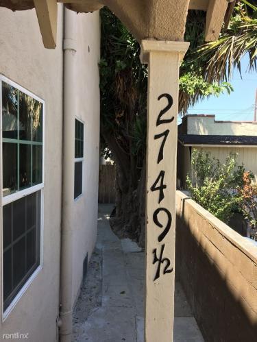 2749 1/2 S Cochran Avenue Photo 1