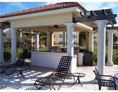 1307 Villa Circle Photo 1