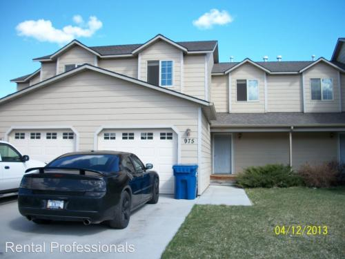 975 N River Rock Photo 1