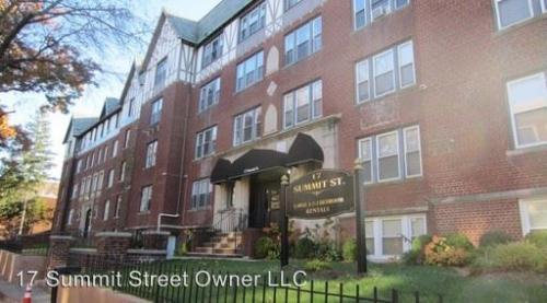17 Summit Street Apartments Photo 1