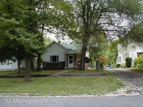 2040 N Benton Avenue Photo 1