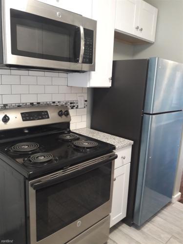 4243 4th Avenue S Photo 1