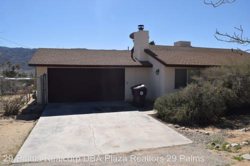 71851 Sunnyslope Photo 1