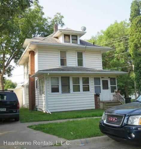 213 Elmwood Street Photo 1
