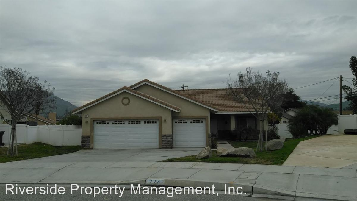 224 Coyote Drive, Colton, CA 92324 | HotPads