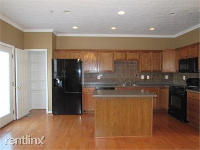 829 Middle River Road Photo 1