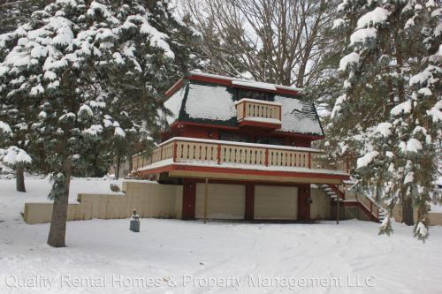 409 Peninsula Drive Photo 1