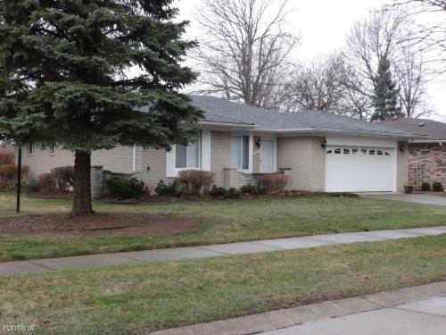 42223 Sycamore Drive Photo 1