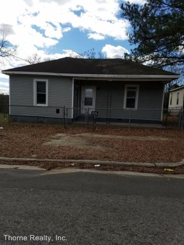 featuredlisting besides pad on 1 bedroom duplex for rent durham nc