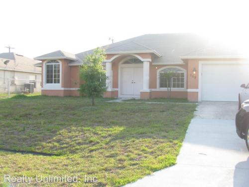 589 SW South Quick Circle Photo 1