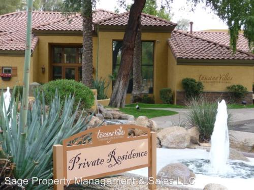 4925 E Desert Cove Avenue Photo 1