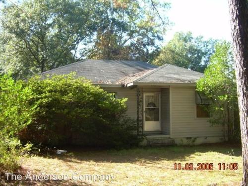 1308 Edgerly Avenue Photo 1